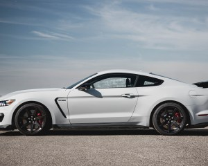 2016 Ford Mustang Shelby GT350R Exterior Side View