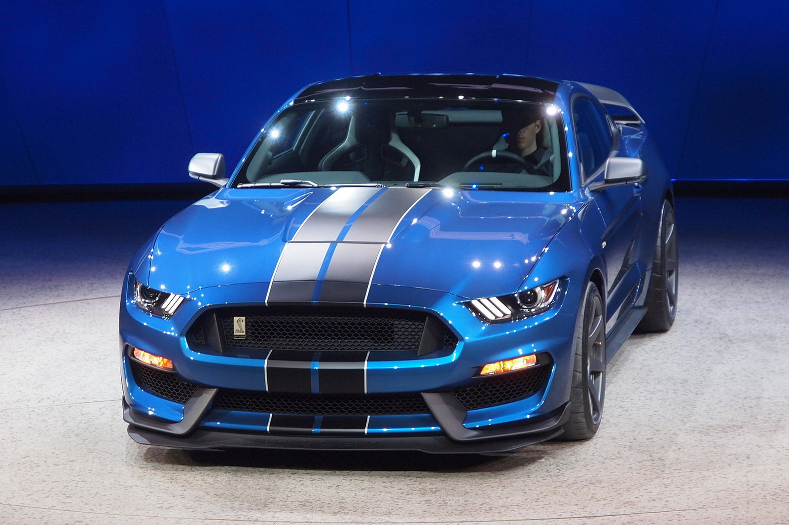 2016 Ford Mustang Shelby GT350R Front Details