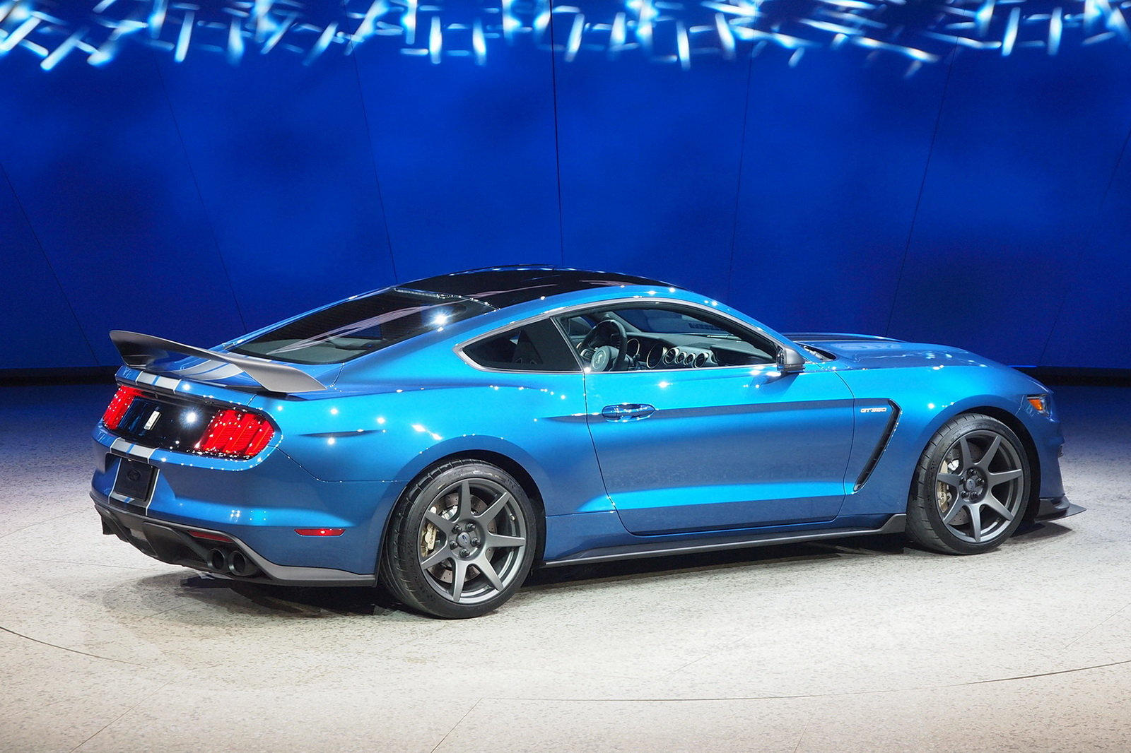 2016 Ford Mustang Shelby GT350R Rear Side Exterior