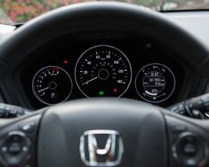 2016 Honda HR-V EX-L AWD Interior Speedometer