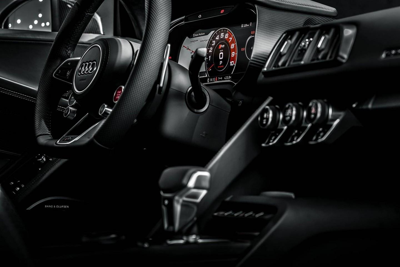 Audi R8 V10 Plus Streering Wheels