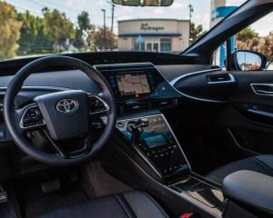 Interior Toyota Mirai 2016