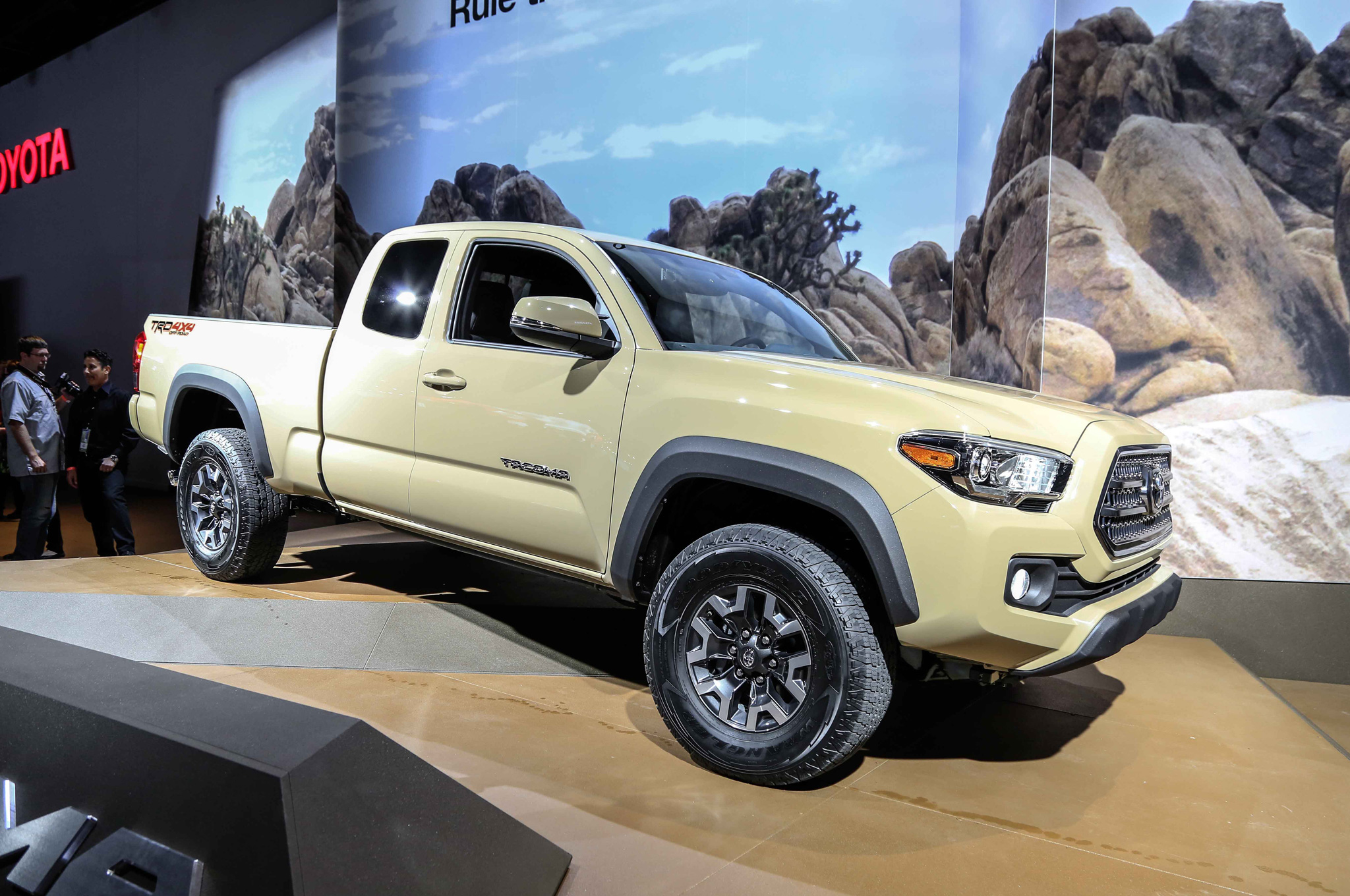 Auto Show: 2016 Toyota Tacoma