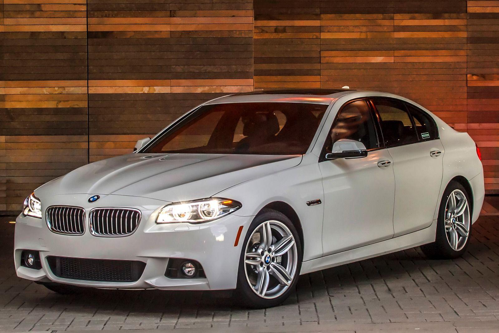 Exterior: 2015 BMW 5 Series