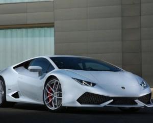 Exterior: 2015 Lamborghini Huracán LP 610-4