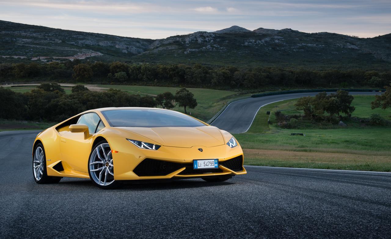 New 2015 Lamborghini Huracan LP610-4