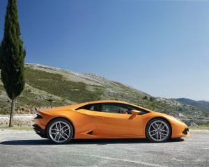 Side Preview: 2015 Lamborghini Huracan LP610-4