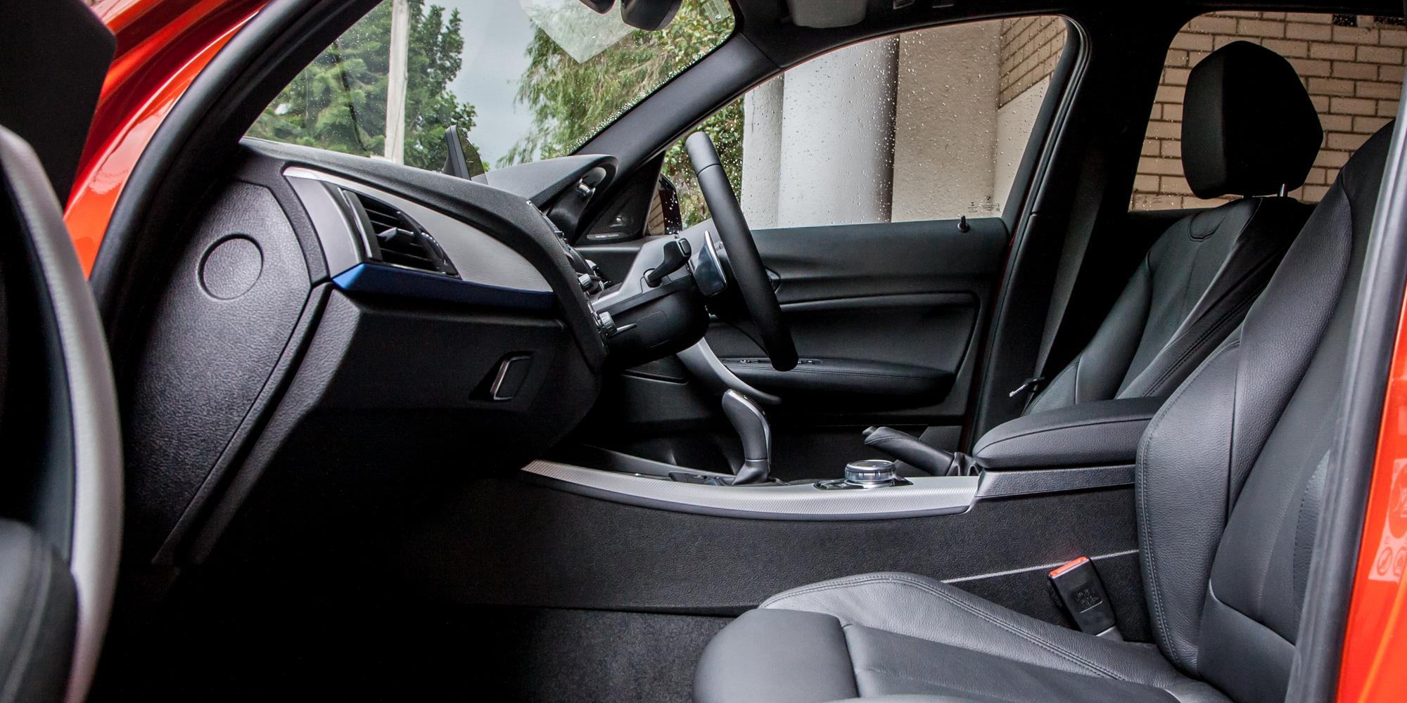 2015 BMW 125i Front Seats Interior