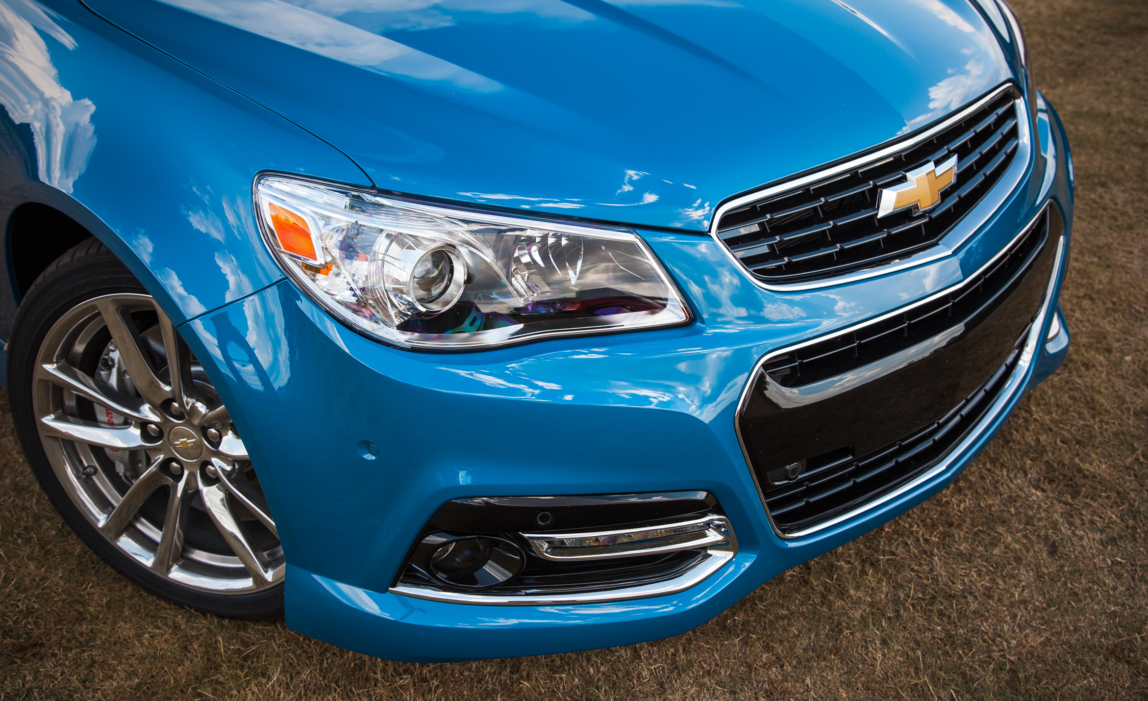 2015 Chevrolet SS Exterior Headlight