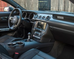 2015 Ford Mustang GT Front Interior Preview