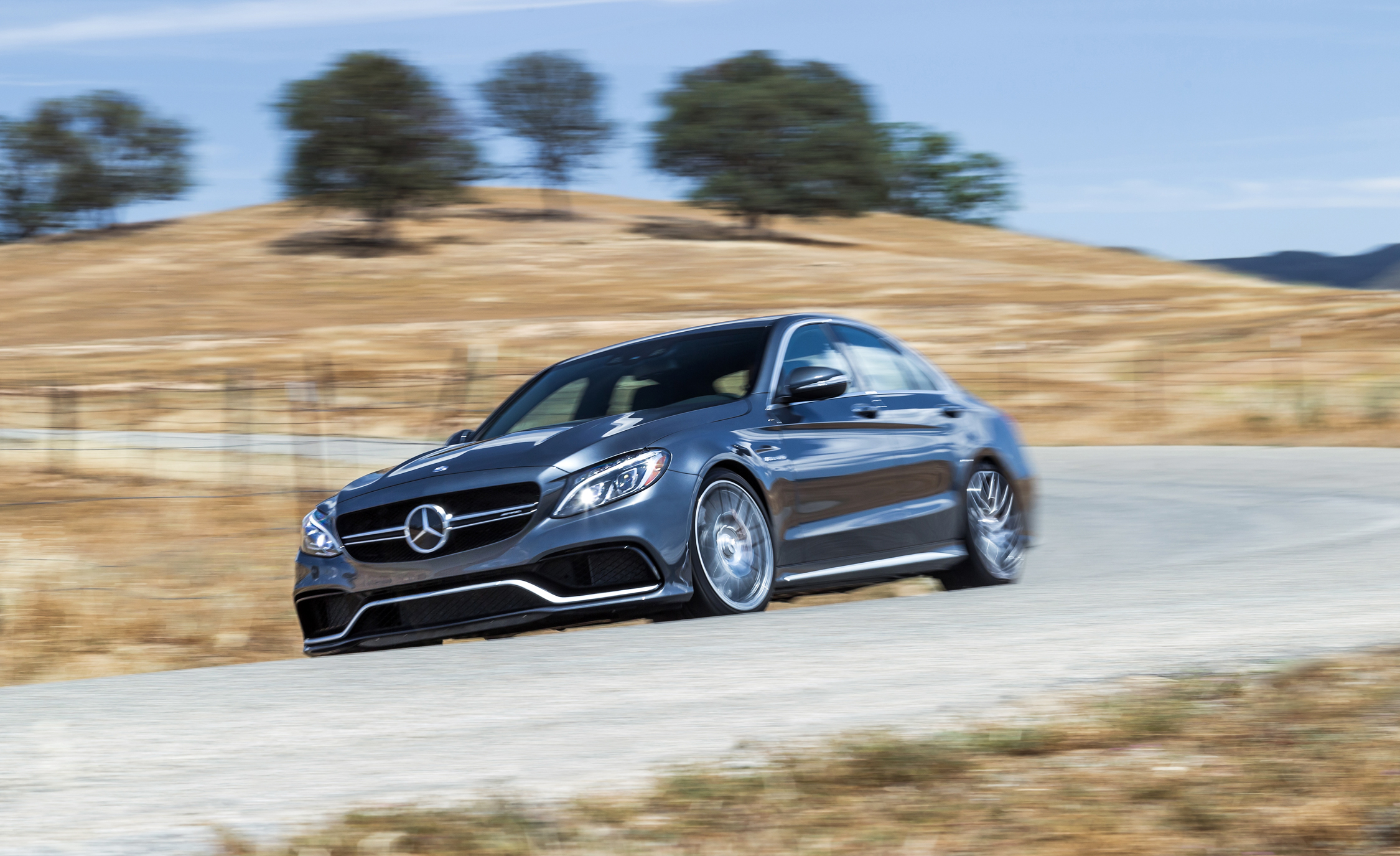 2015 Mercedes-AMG C63 S-Model Performance Test