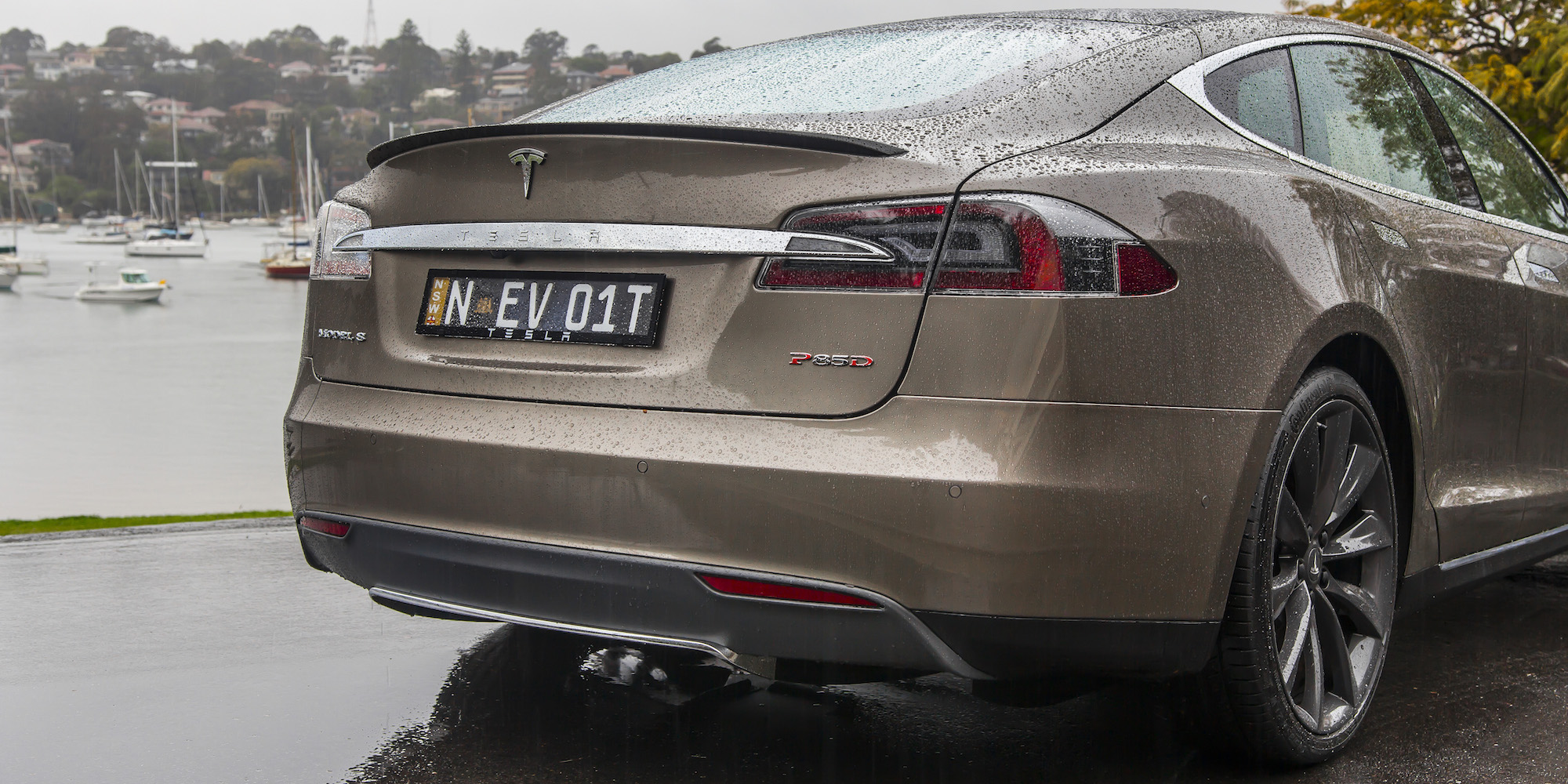 2015 Tesla Model S P85D Rear Body Close-Up