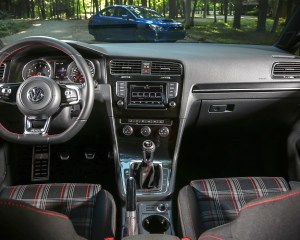 2015 Volkswagen GTI Interior Cockpit and Dashboard