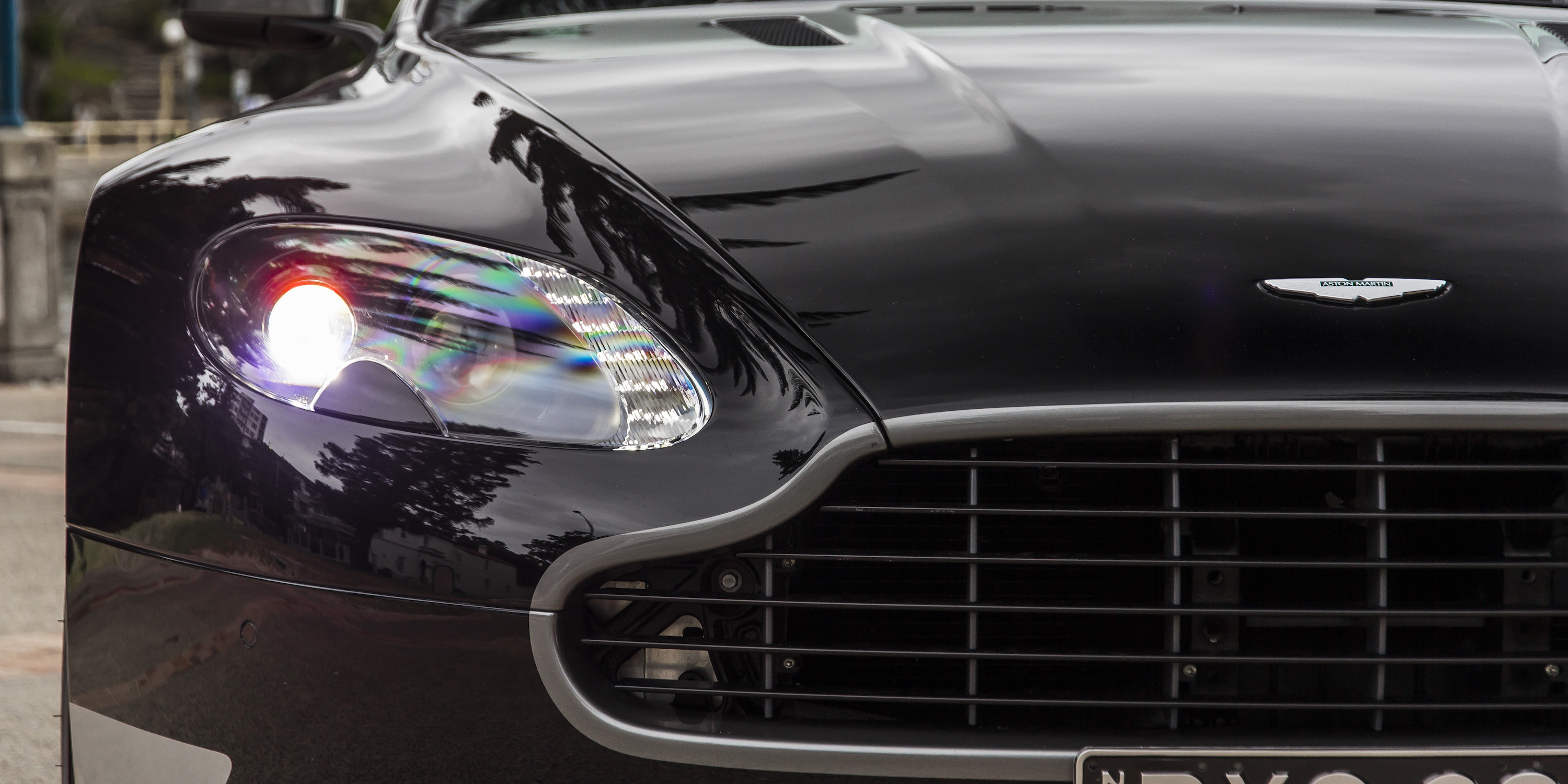 2016 Aston Martin Vantage GT Headlamp Right