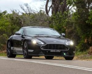 2016 Aston Martin Vantage GT Test Drive