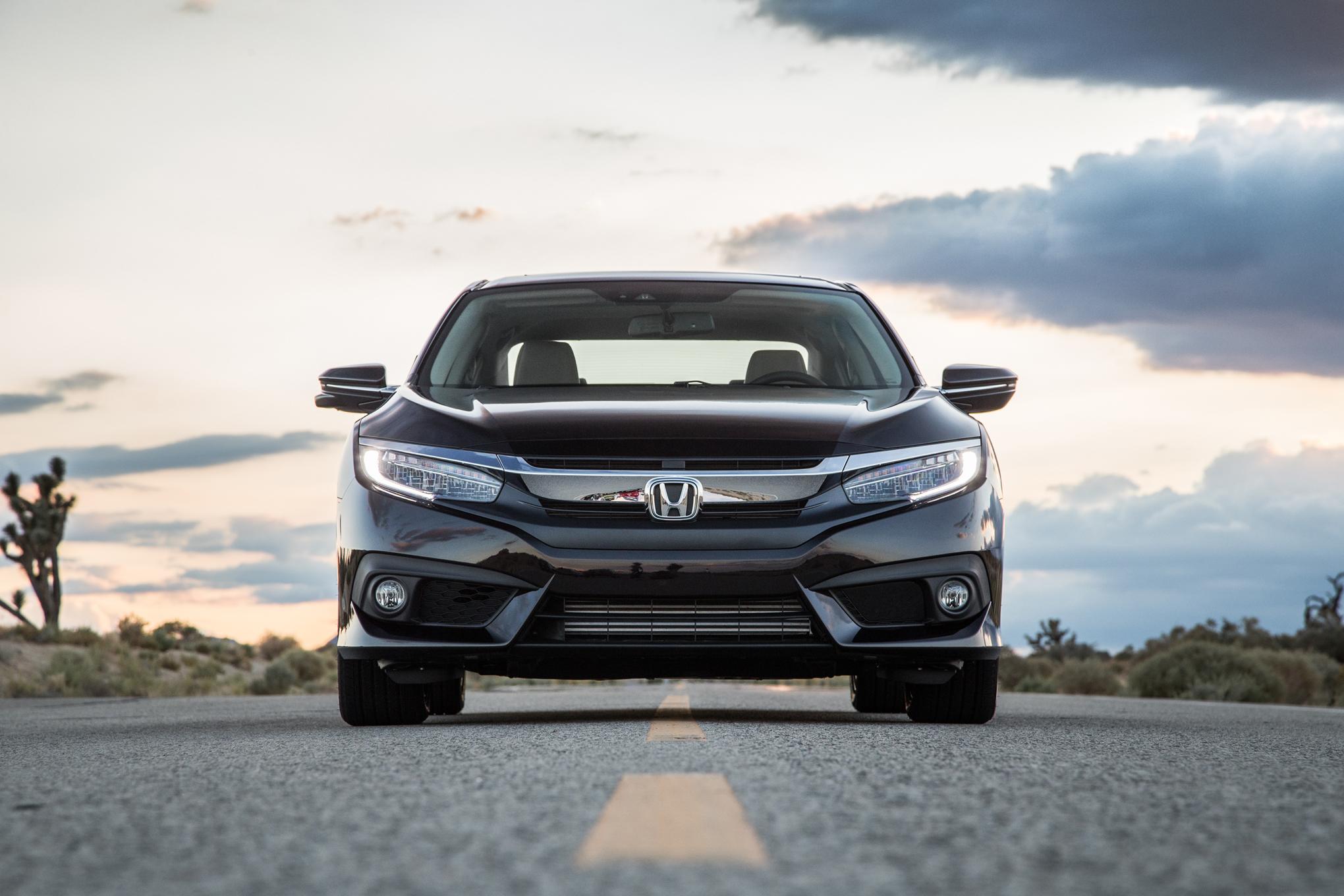 2016 Honda Civic Touring Sedan Black Fornt End