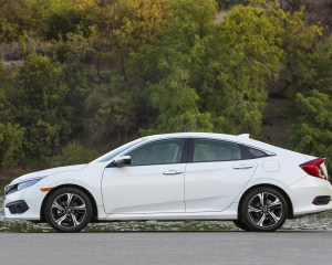 2016 Honda Civic Touring White Exterior Side