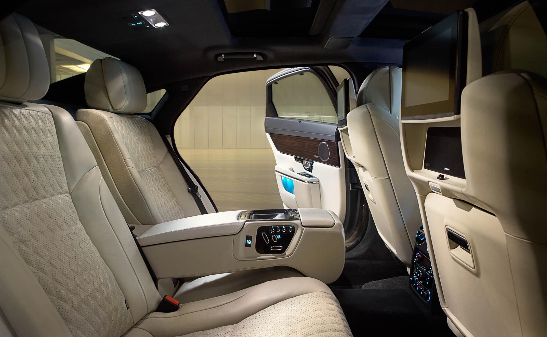 2016 Jaguar XJL Rear Seats Interior