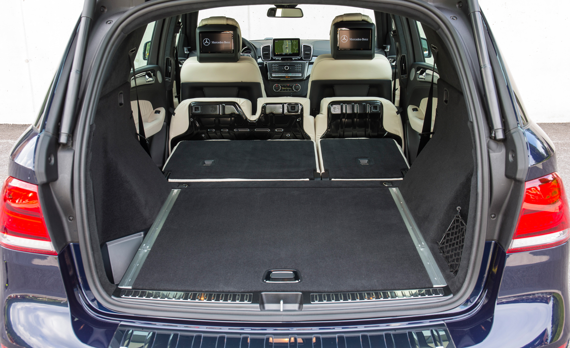 2016 Mercedes-Benz GLE250d 4MATIC Interior Cargo Space