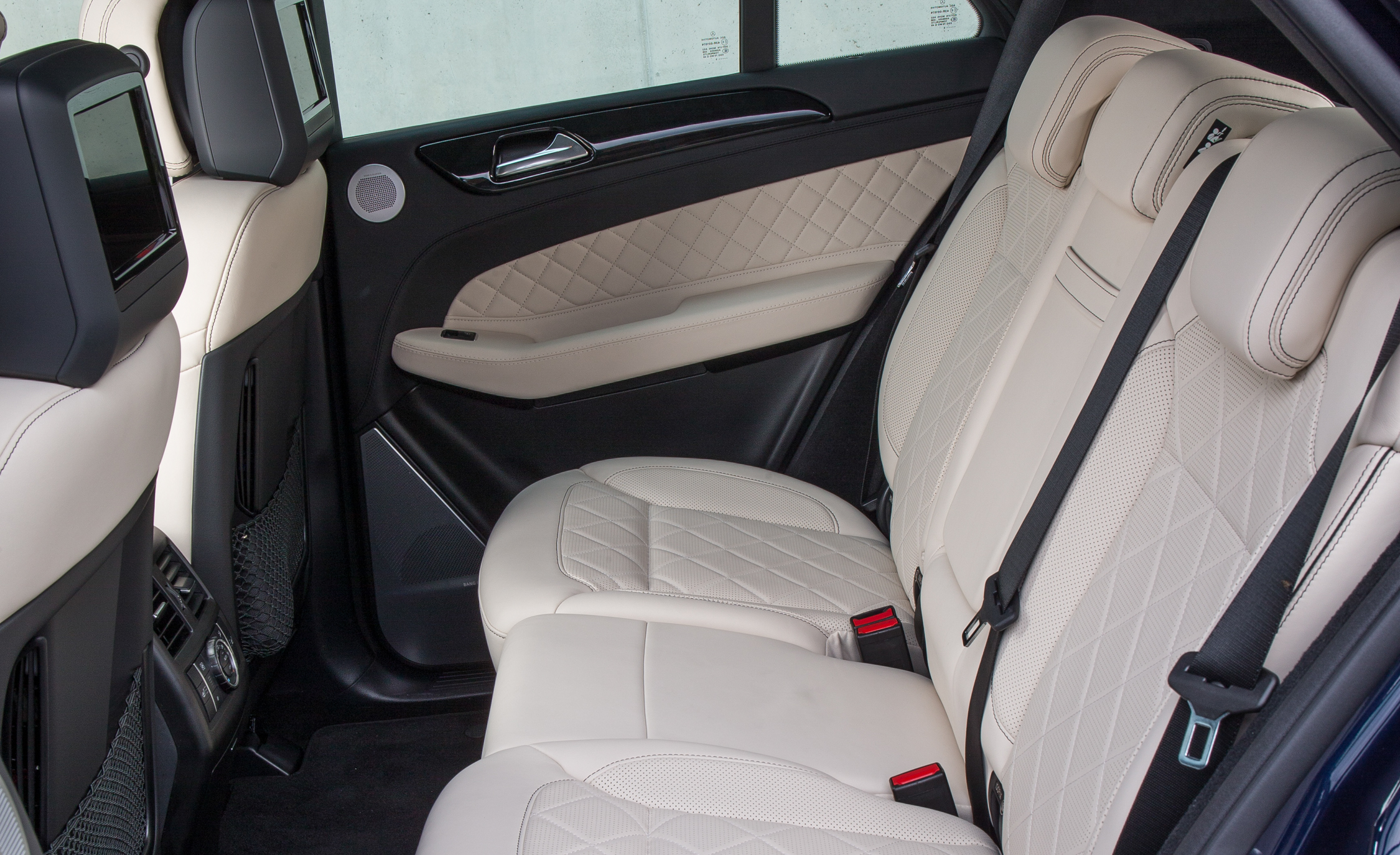 2016 Mercedes-Benz GLE250d 4MATIC Interior Rear Seats