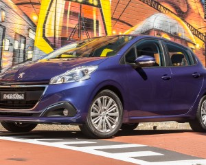 2016 Peugeot 208 Active Preview