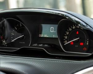 2016 Peugeot 208 Active Speedometer