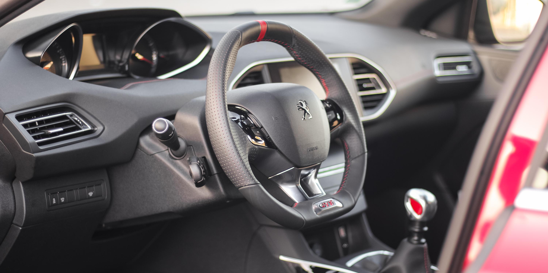 2016 Peugeot 308 GTi Steering Wheel
