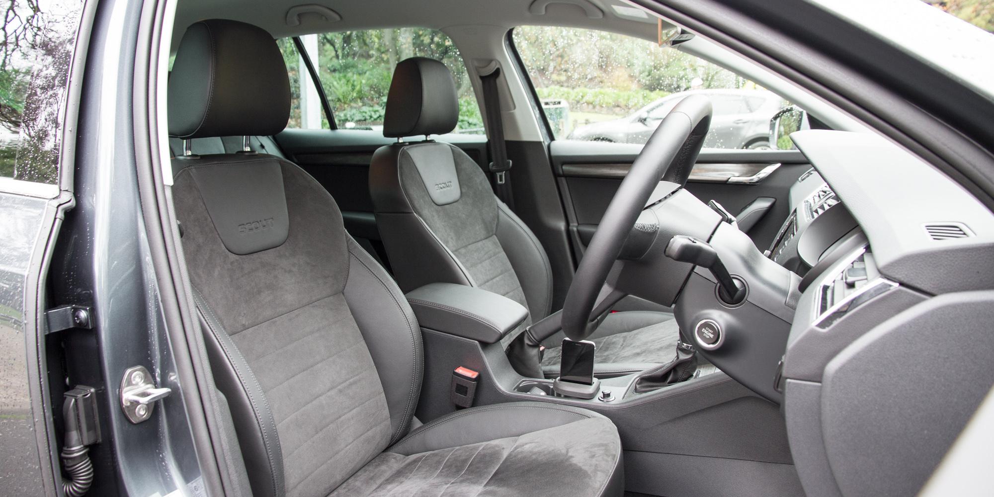 2016 Skoda Octavia Scout Interior Cockpit Seat
