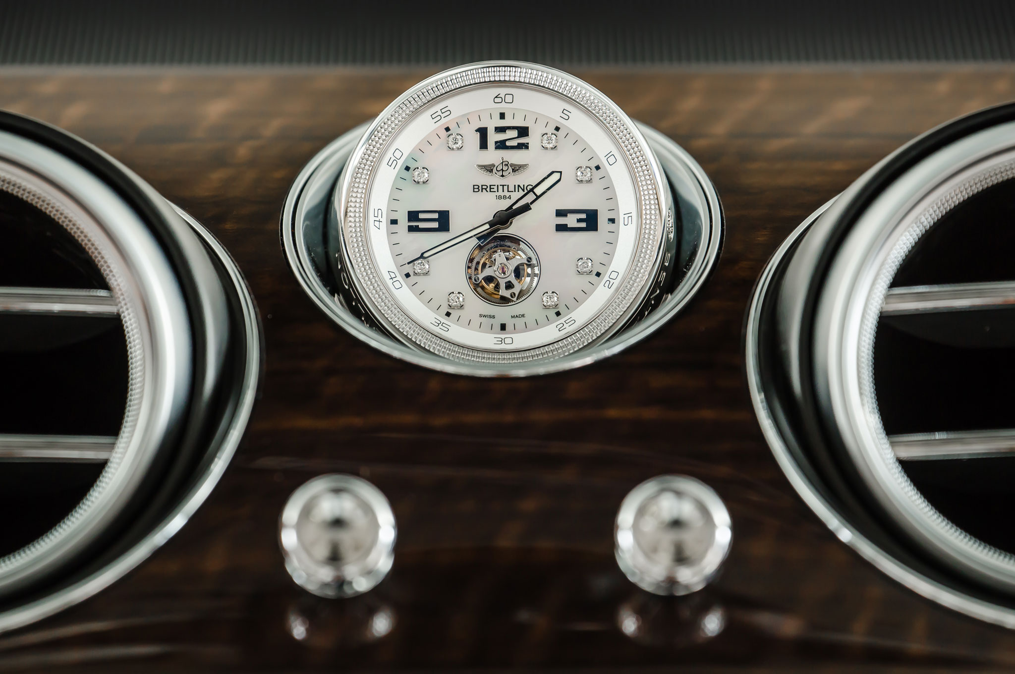 2017 Bentley Bentayga Luxury Clock