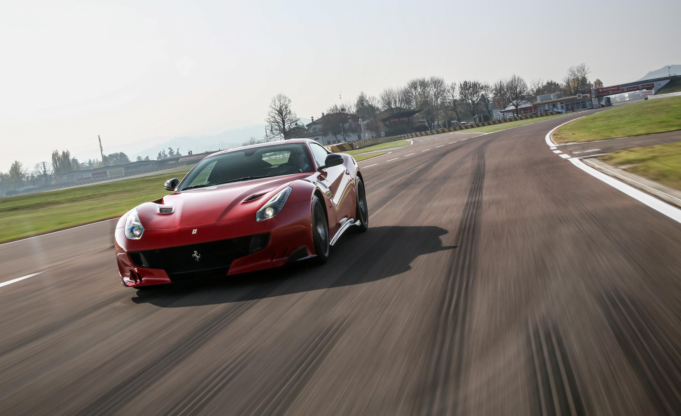 First Sight 2016 Ferrari F12tdf
