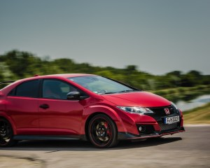 2015 Honda Civic Type R Test Side View