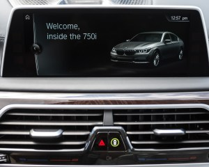 2016 BMW 750i xDrive Interior Center Screen