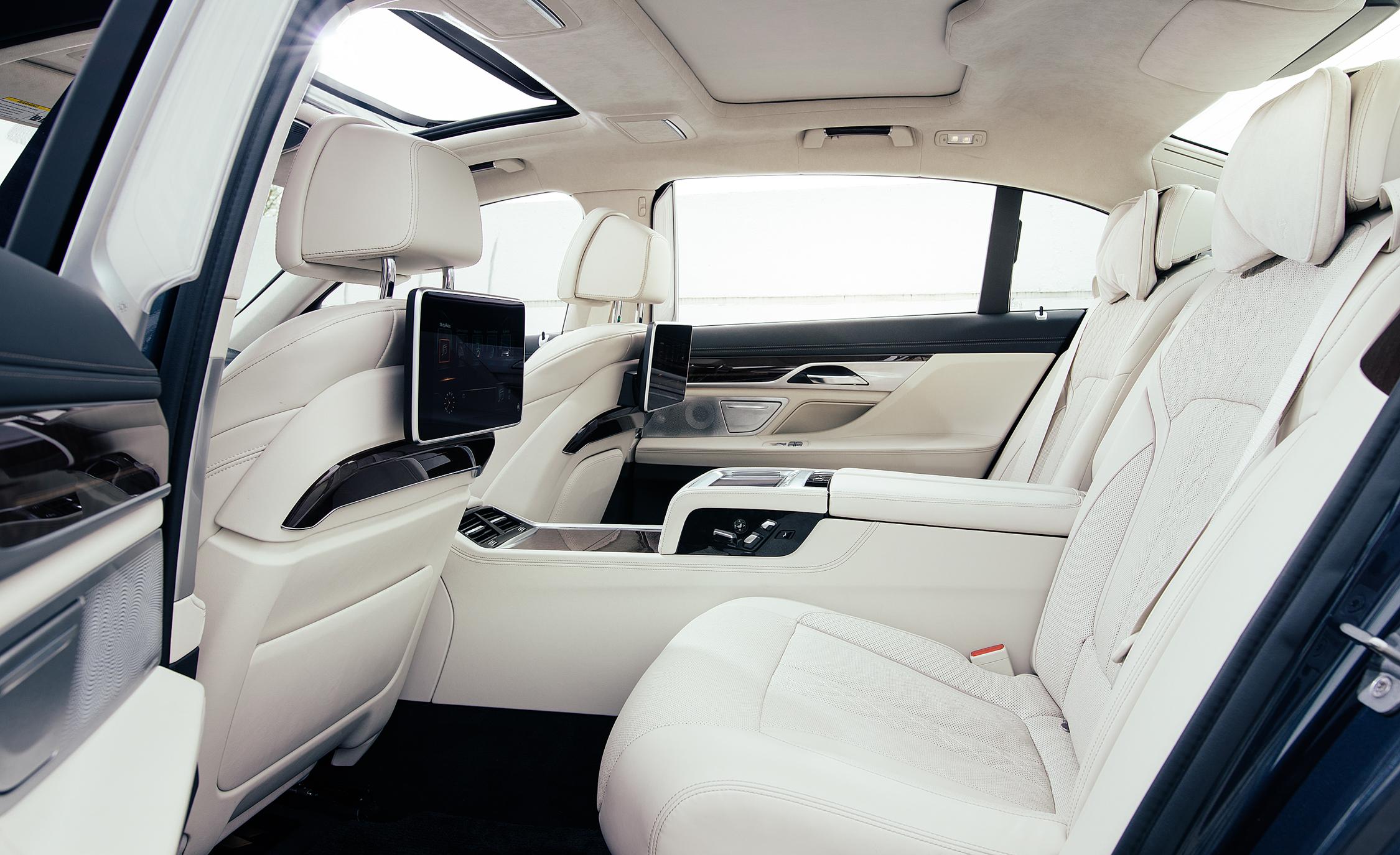 2016 BMW 750i xDrive Interior Rear