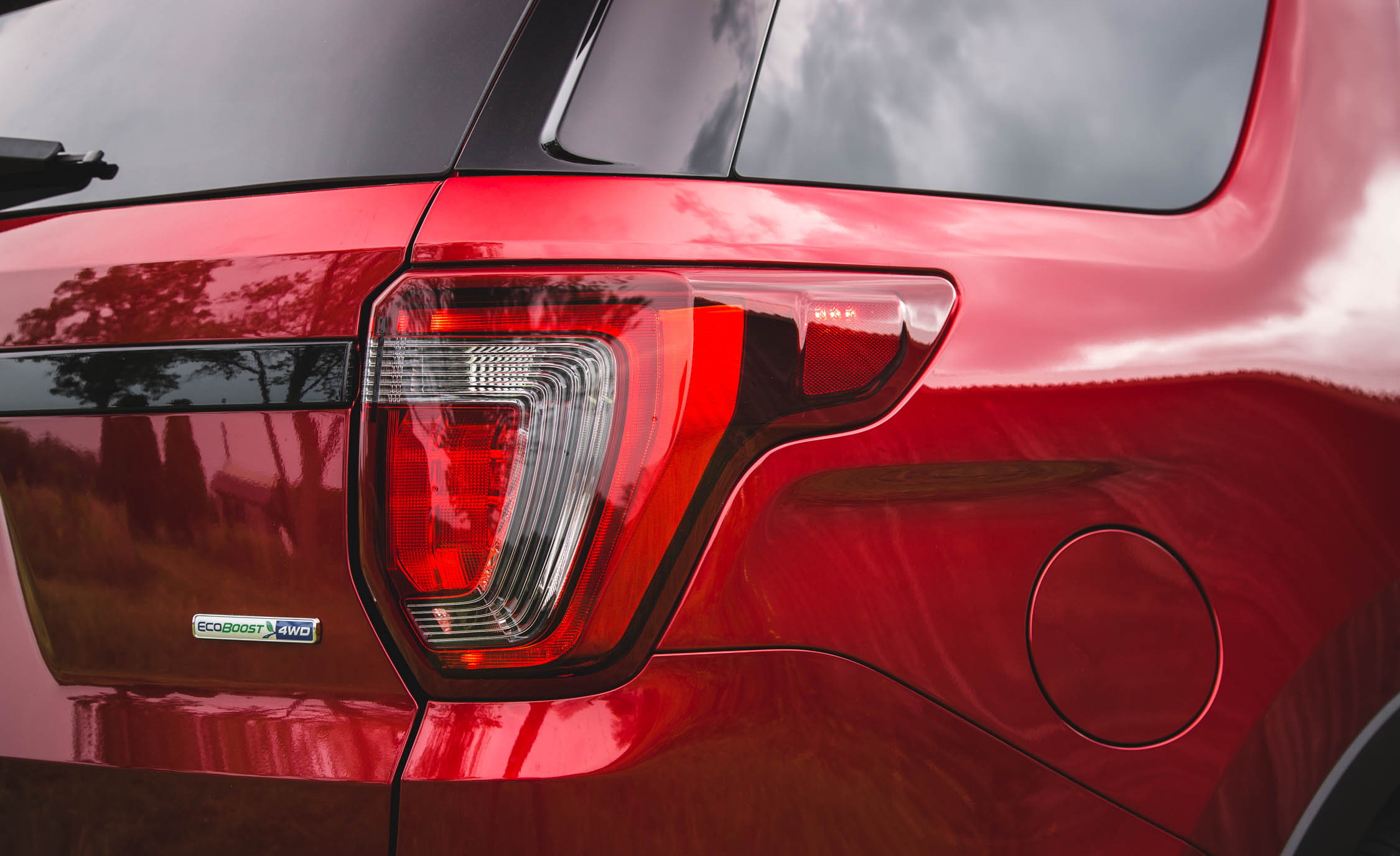 2016 Ford Explorer Sport Exterior Taillight Right