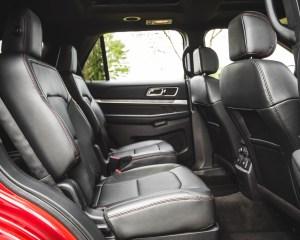 2016 Ford Explorer Sport Interior Middle