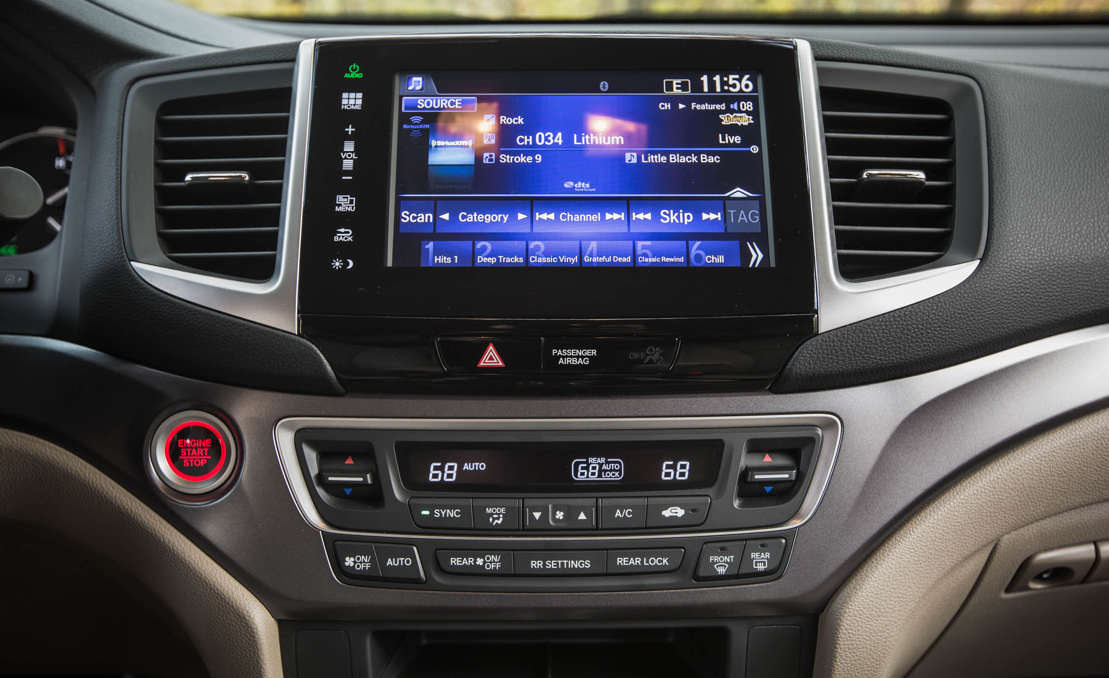 2016 Honda Pilot EX FWD Interior Center Head Unit