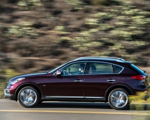 2016 Infiniti QX50 Test Side View