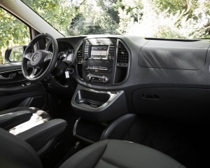 2016 Mercedes-Benz Metris Interior Dashboard