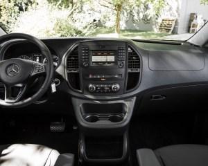2016 Mercedes-Benz Metris Interior