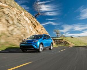 2016 Toyota RAV4 Hybrid Test Drive