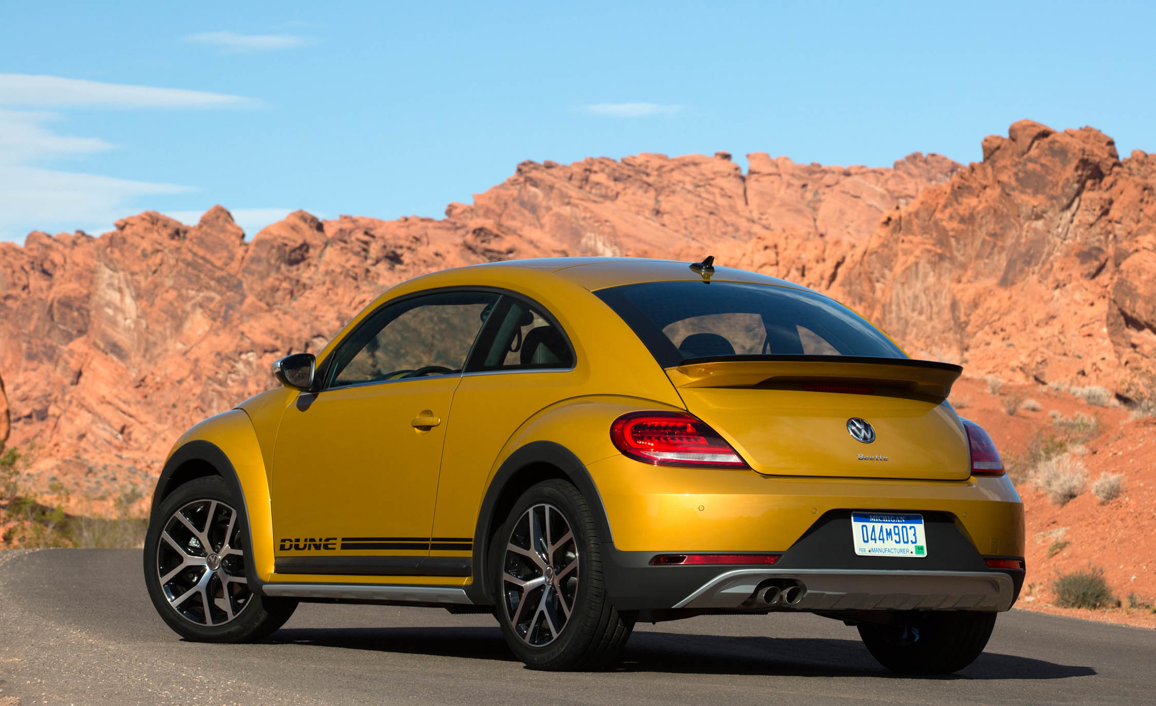 2016 Volkswagen Beetle Dune Coupe Exterior Full Rear and Side