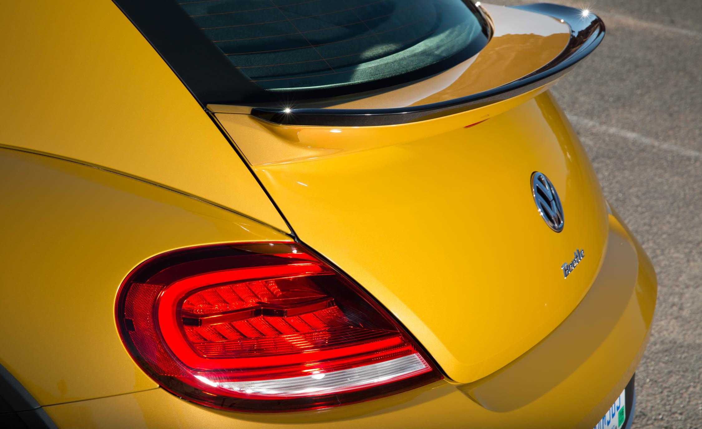 2016 Volkswagen Beetle Dune Exterior Taillight