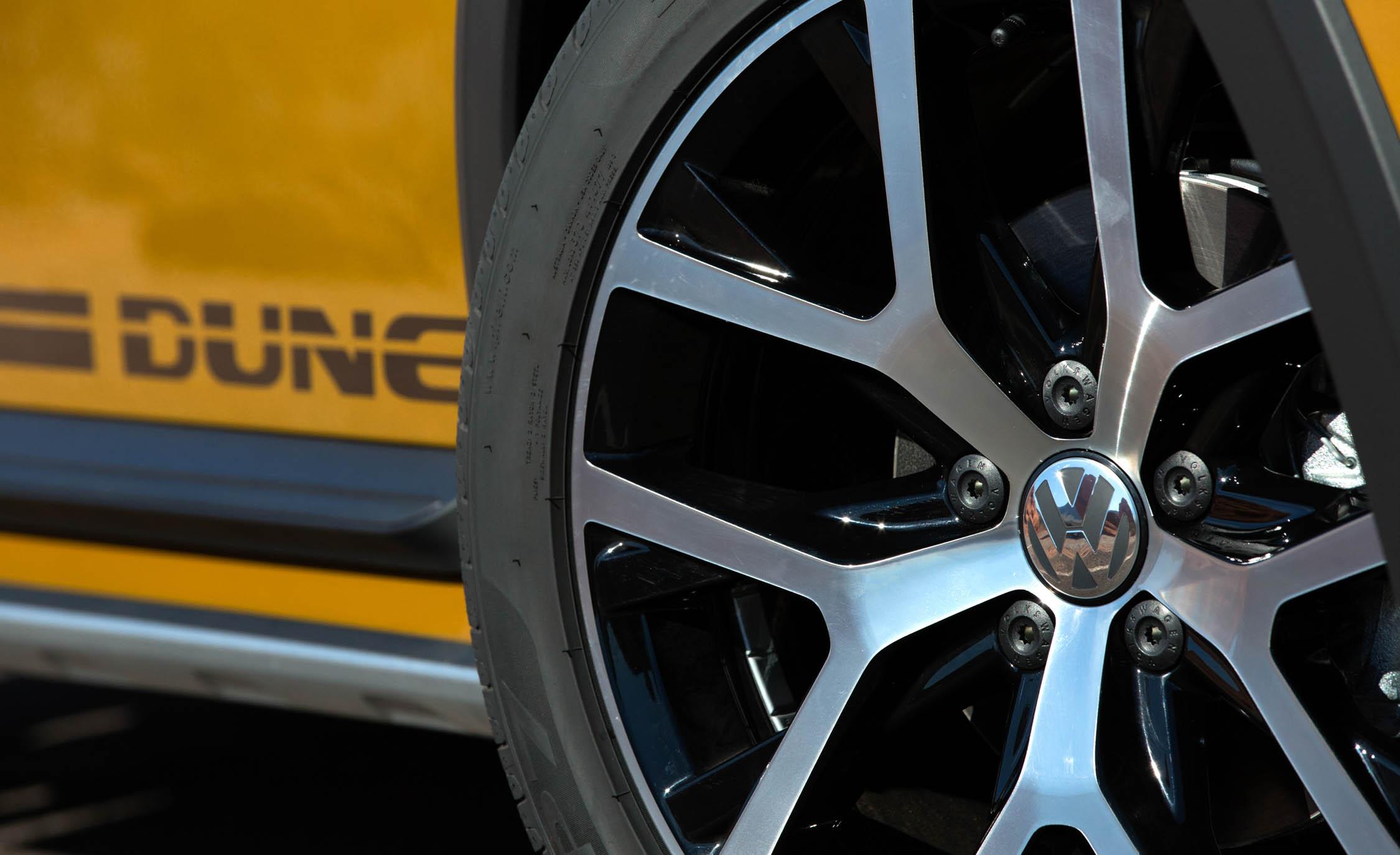 2016 Volkswagen Beetle Dune Exterior Wheel