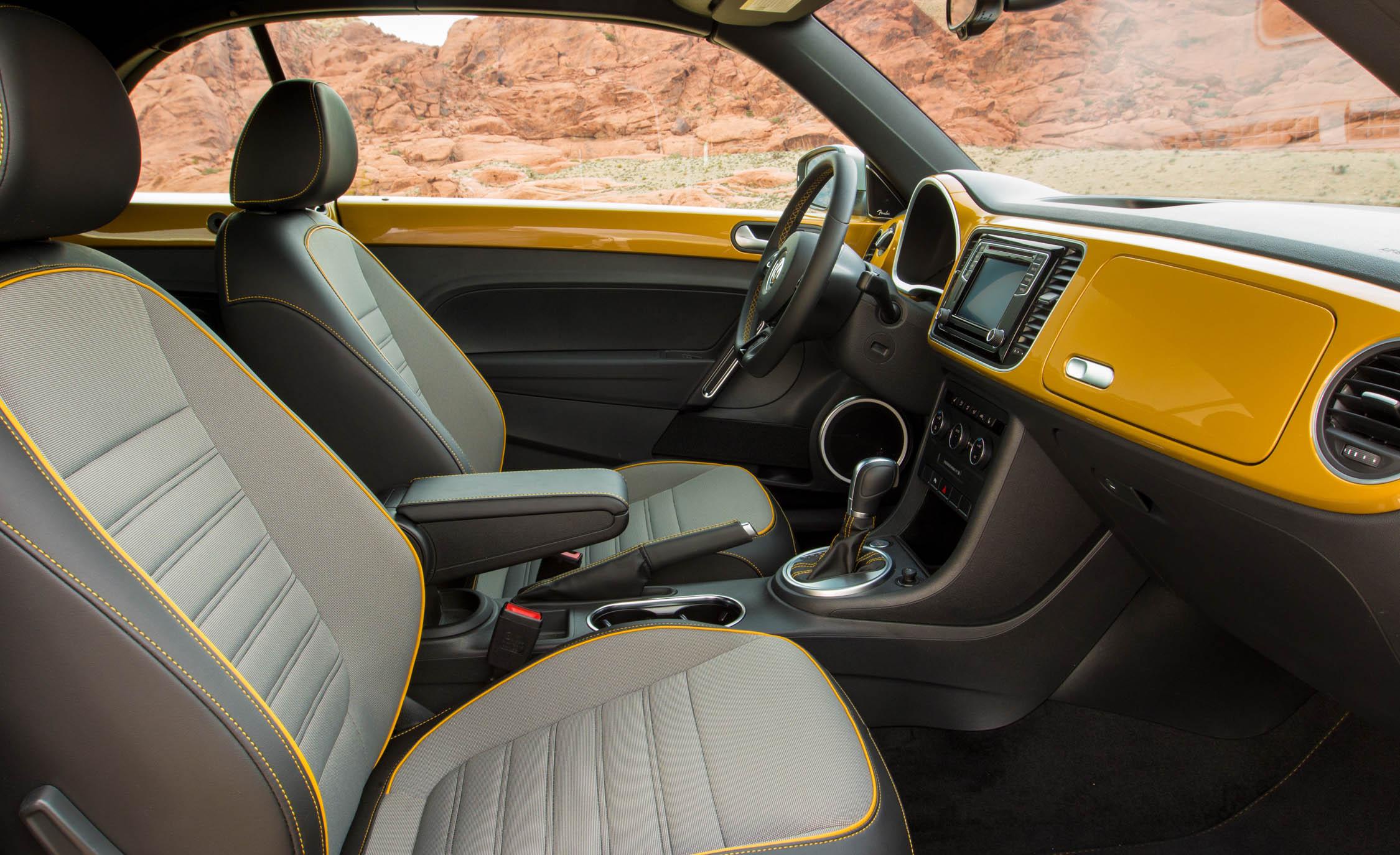 2016 Volkswagen Beetle Dune Interior Front Seats