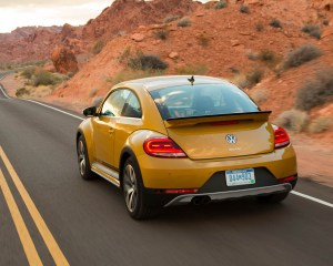 2016 Volkswagen Beetle Dune Test Rear View