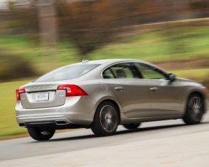 2016 Volvo S60 T5 Inscription Test Rear Side View