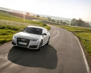 New 2016 Audi S8 Plus