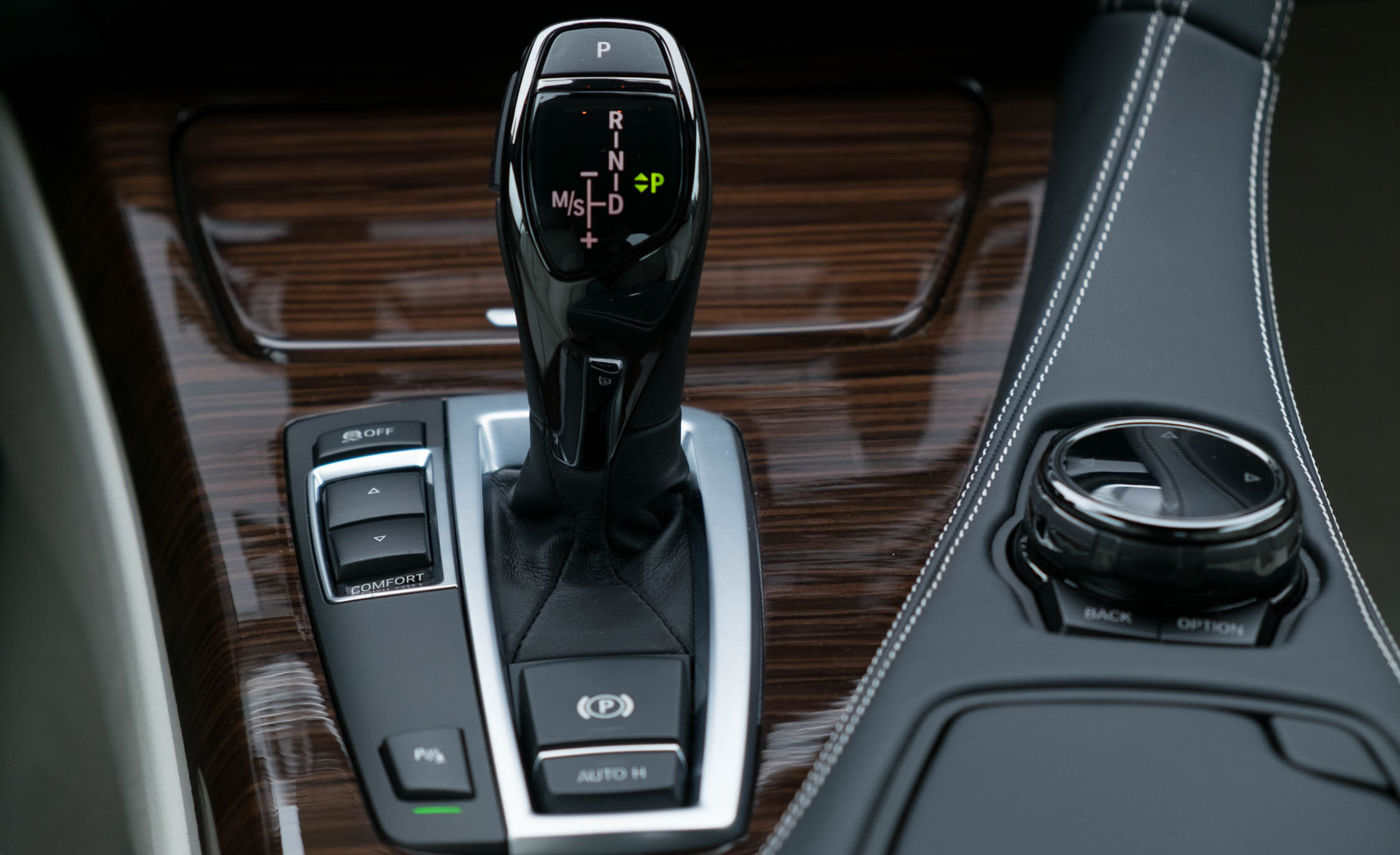 2016 BMW 640i Convertible Interior Gear Shift Knob