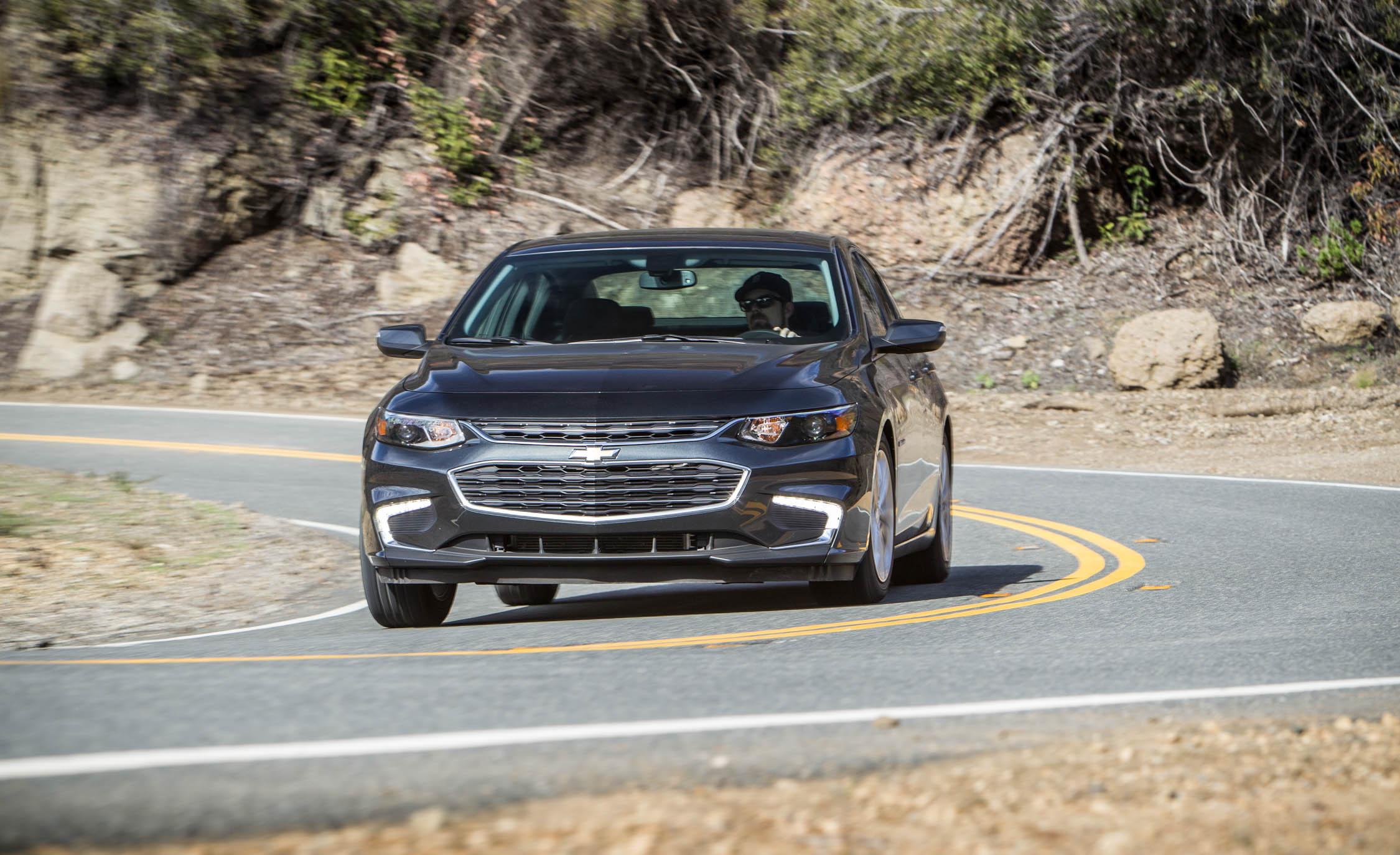 2016 Chevrolet Malibu LT Test Front View