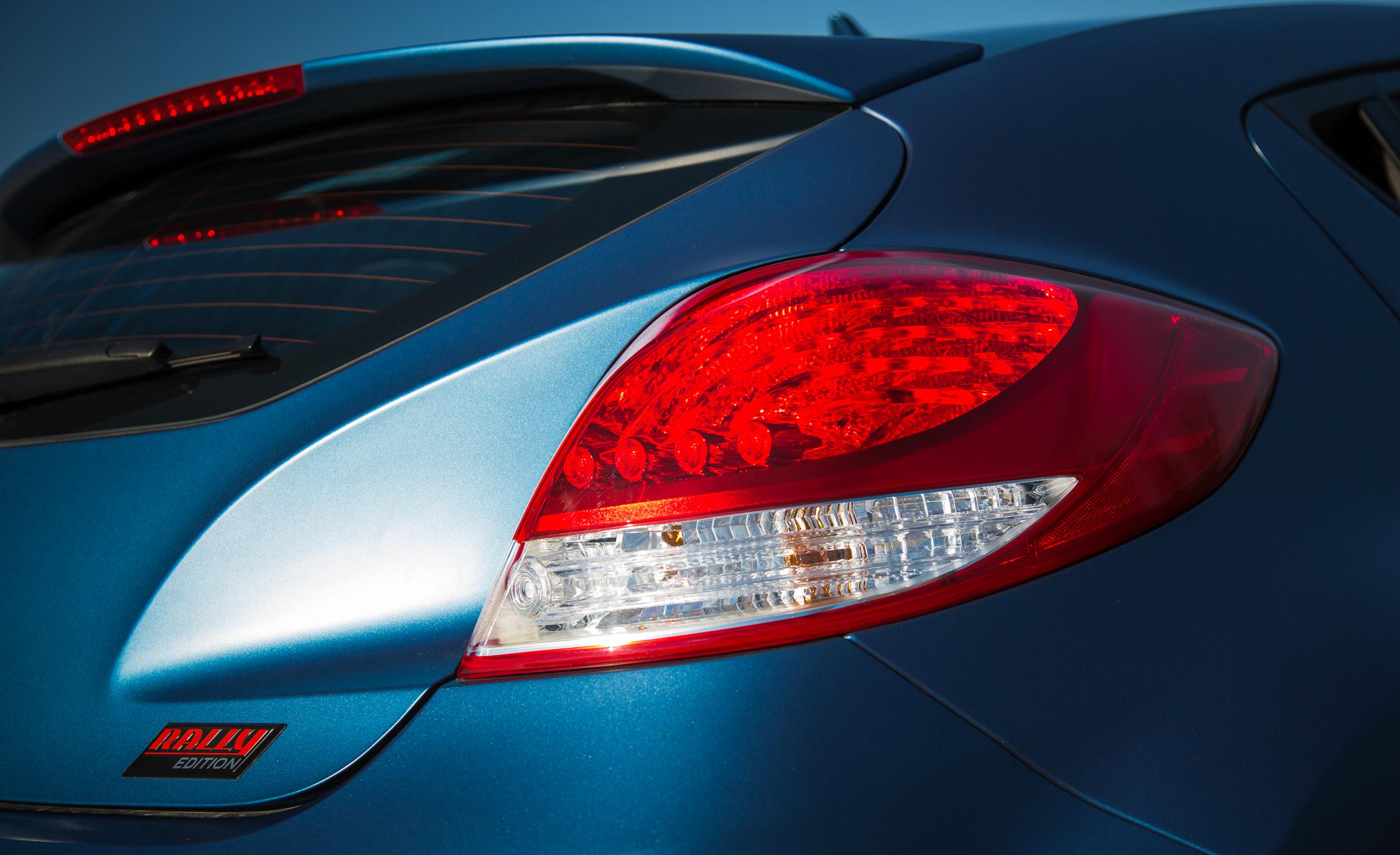 2016 Hyundai Veloster Turbo Rally Edition Exterior Taillight Rear Right